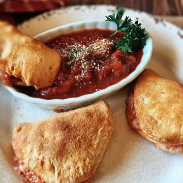 Easy Mini Calzone Pizza Dippers