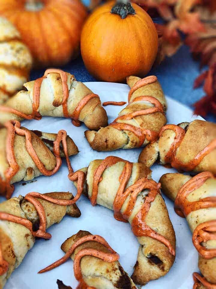 pumpkin spice crescent rolls
