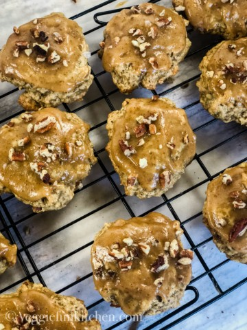 banana cookies with salted caramel frosting