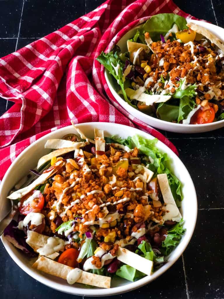 bbq salad with tofu crumbles